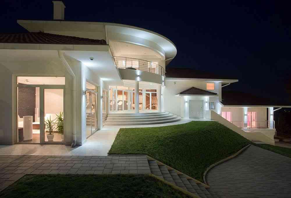 Roof & Attic